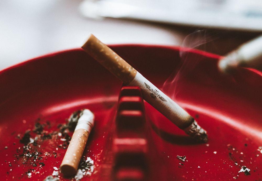 68%の企業が社内の禁煙への取り組みを実施 トップは「就業時間中の禁煙」
