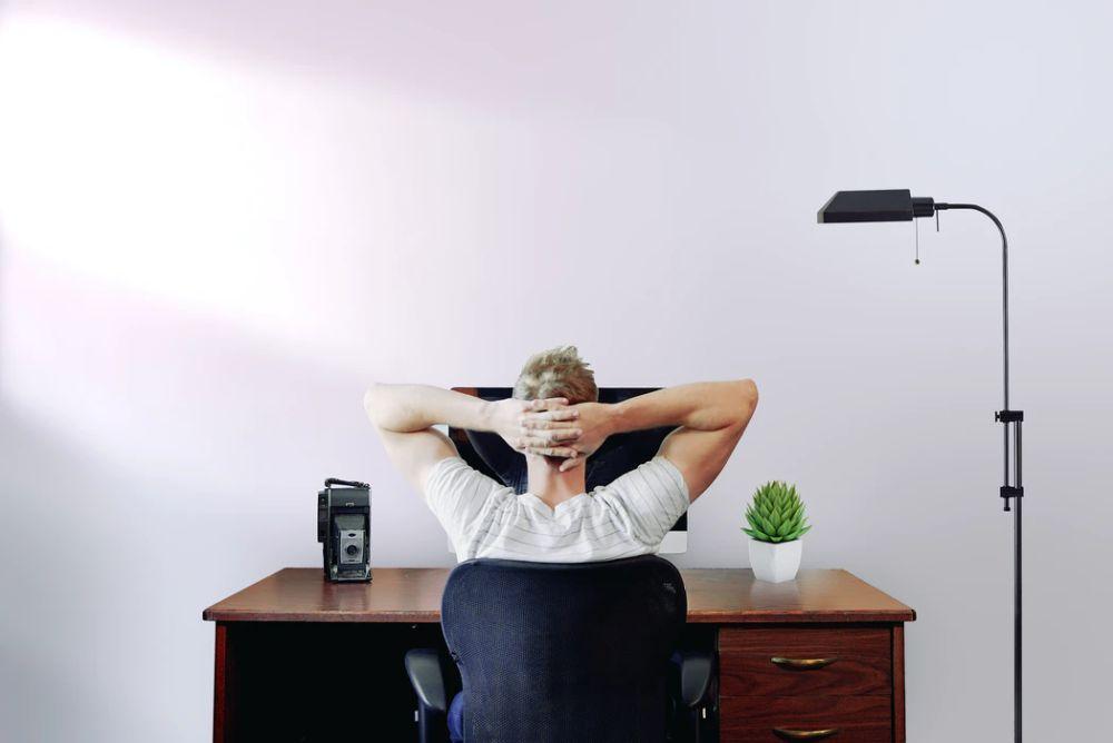 テレワークにおけるストレス軽減のためには雑談が重要になります