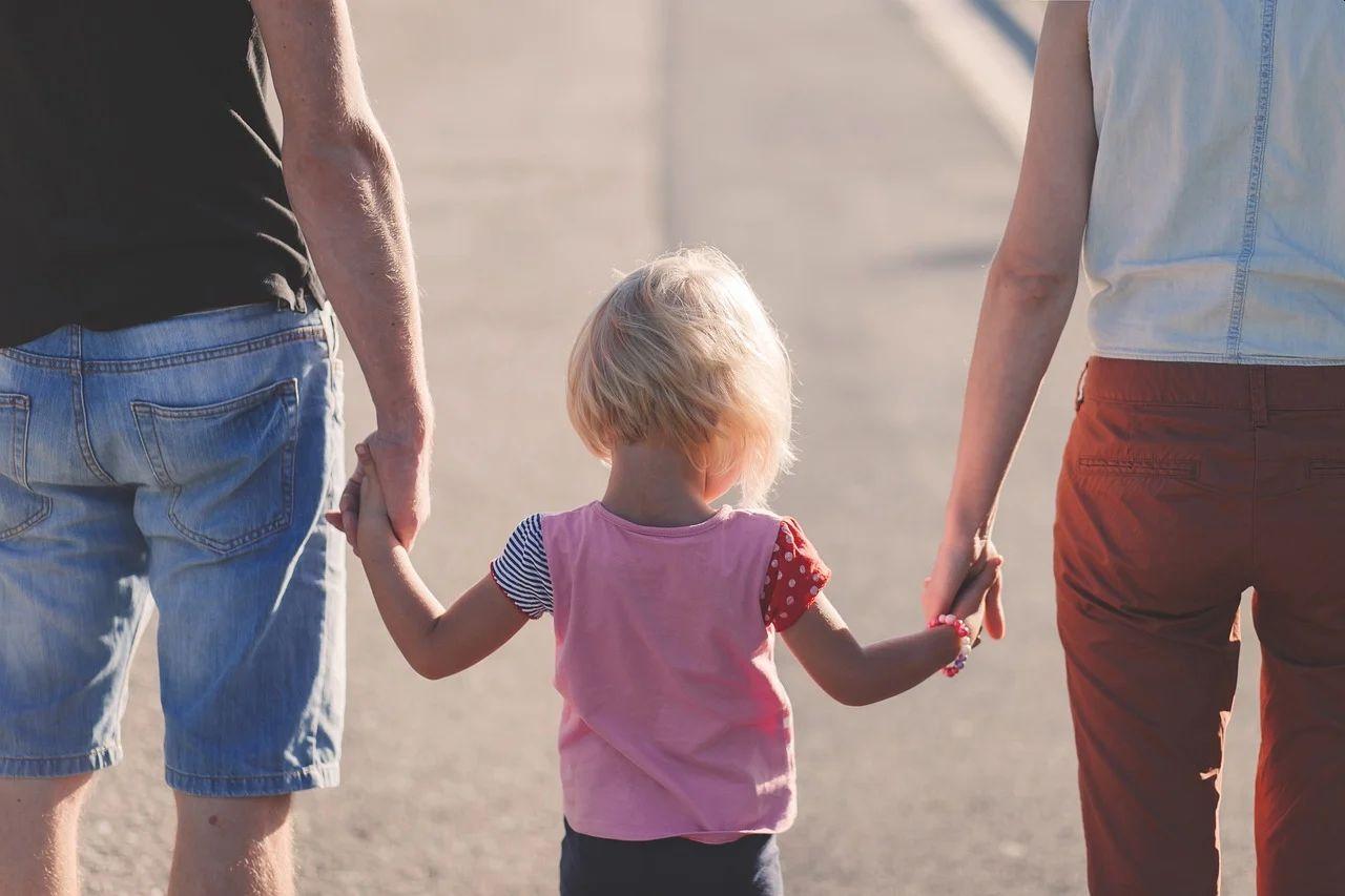 出生時育児休業(男性産休)とともに国会提出される雇用保険 育児休業給付金の改正