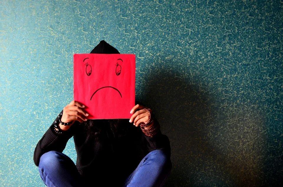 コロナ禍で54%が「仕事のストレスが増えた」と回答